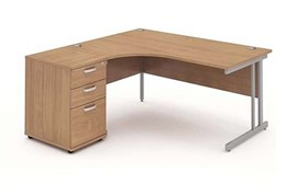 Price Point Cantilever Workstation