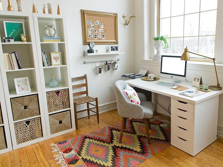 how to decorate office table. 15 Ways To Uniquely Decorate Your Office Desk How Table