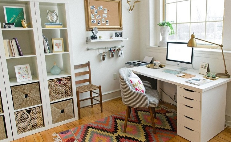 15 Ways To Uniquely Decorate Your Office Desk. Decorative Jewelry Organizer. Cabin Decor. Camping Screen Rooms. Contemporary Wall Mirrors Decorative