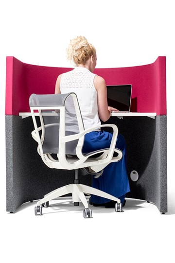 Curve Study Booth